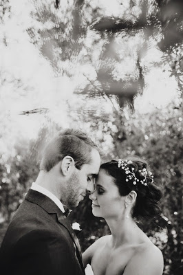 This image has an empty alt attribute; its file name is AleishaDarren_SmittenWeddings_402.jpg